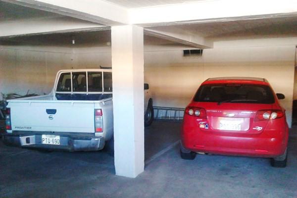 Parqueadero Apartamentos Los Quipus 600x400 20160406